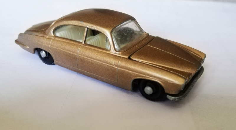 Photo of a silver matchbox car